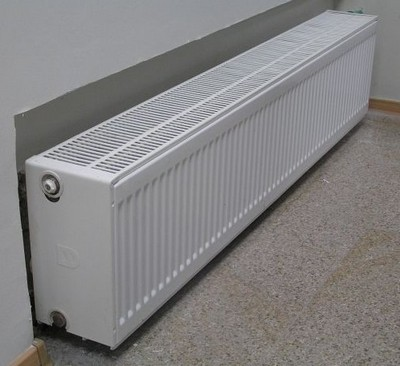 Plastinchatyj-radiator-400x366